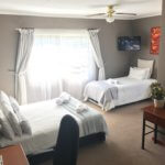 Leopard suite with queen bed and single bed available- Double or Family Suite TASA Lodge,Midrand
